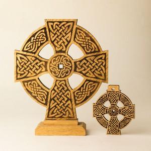 """Настольный Кельтский крест """"Щит Викинга"""""""